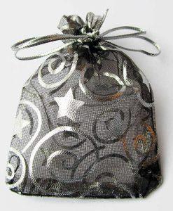 Organza zakje zwart met zilveren sterren