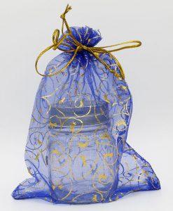 Blauwe organza zakjes met gouden krullen